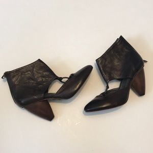 True Religion Brown Leather Ankle Booties 7